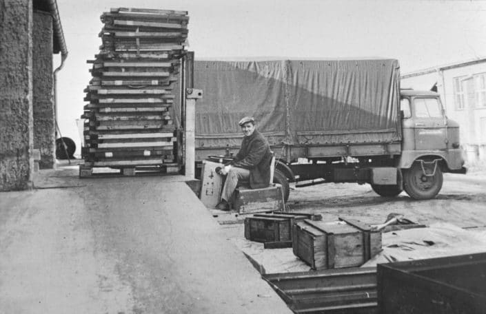 Logistik in der Messerschmiede