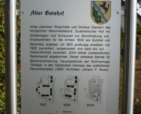 Info-Tafel: Alter Gutshof