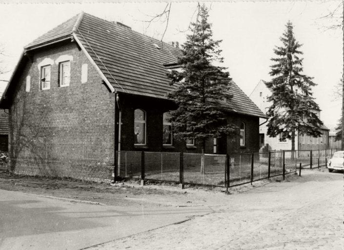 alte Schule in den 1990er Jahren