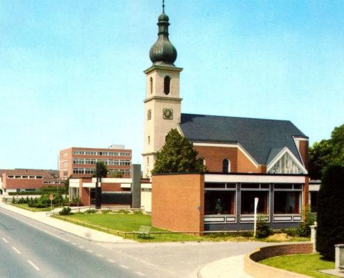 Katholische Kirche St Margareta in Lengerich (Ansicht von Südost)