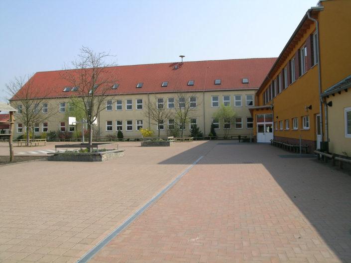 neue Schule 2005