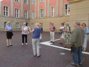 Informative Führung durch eine Mitarbeiterin des Besucherdienstes (Foto: privat)