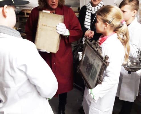 HistoryKids: Besuch im Depot des Kreismuseums (Foto: Ulrike Unger)