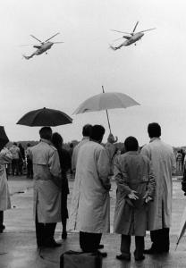 Flugschau im Regen mit waghalsigen Vorführungen (Foto Hajo Eckert)