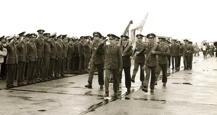 Abschiedsparade am 20. Mai 1994 auf dem Flugfeld (Foto: Hajo Eckert)
